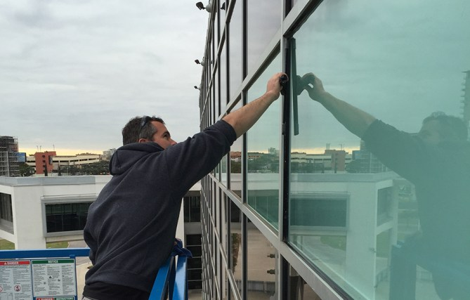 Glass Geeks Takes Commercial Window Cleaning To The Next Level